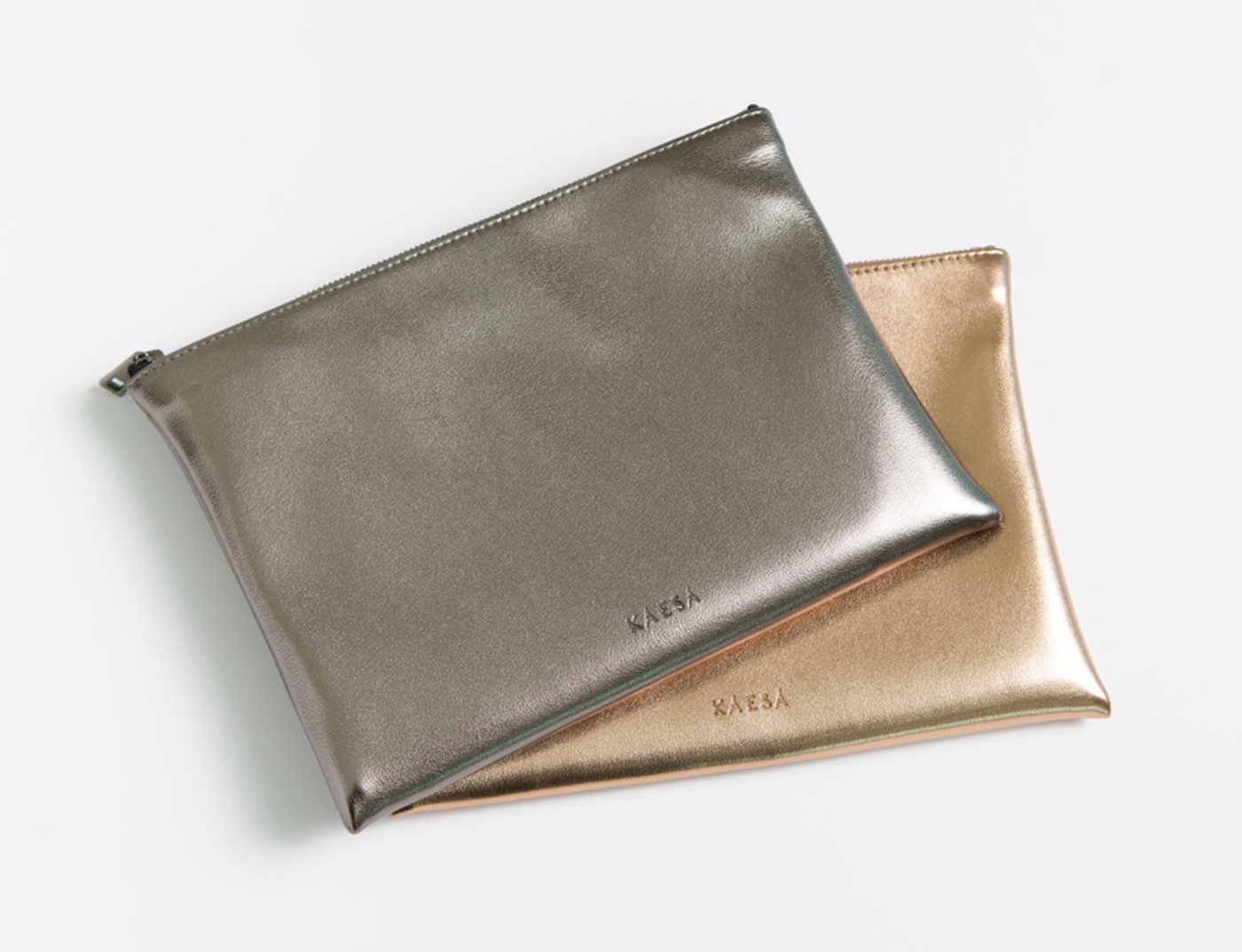 비건레더 VLLR 뉴욕 파우치 (Dark Silver) 상세이미지2